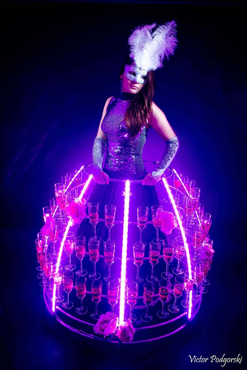Robe à champagne LED violette