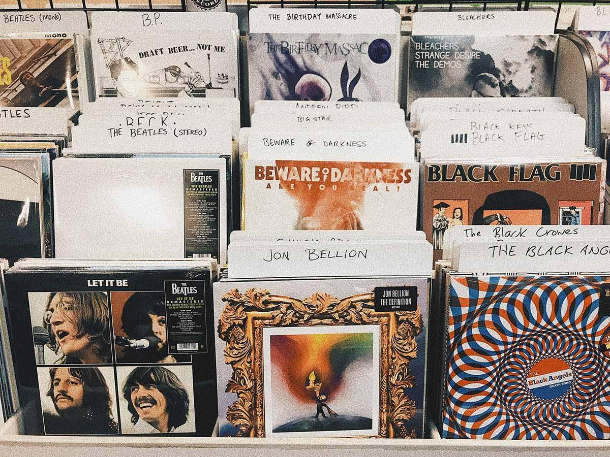 CD et vinyles représentant le Blind test et ses possibilités
